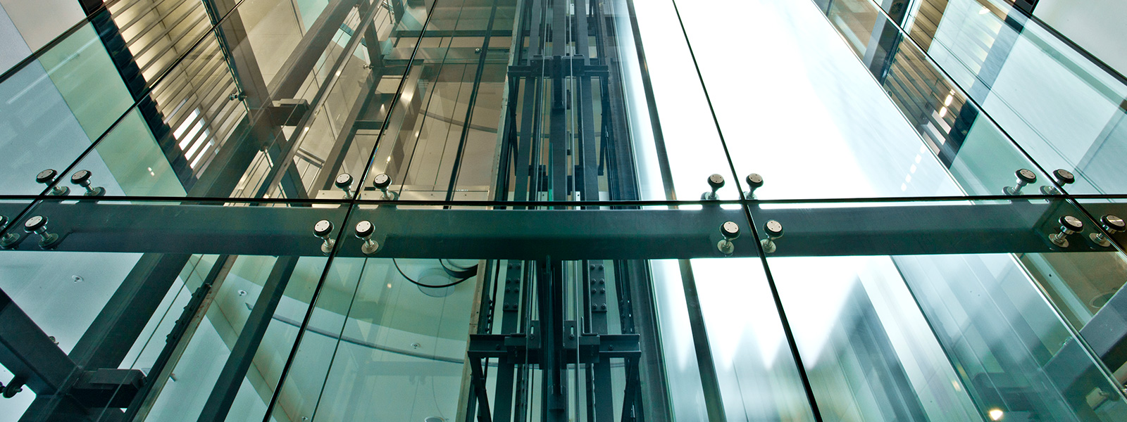 Glasaufzüge